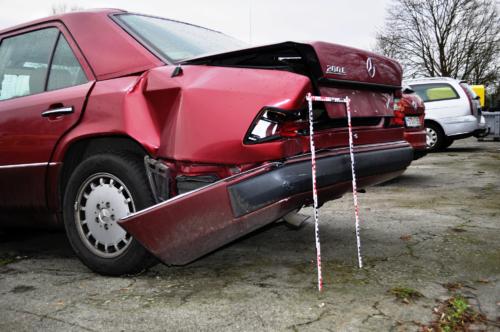 Mercedes W124 Schaden