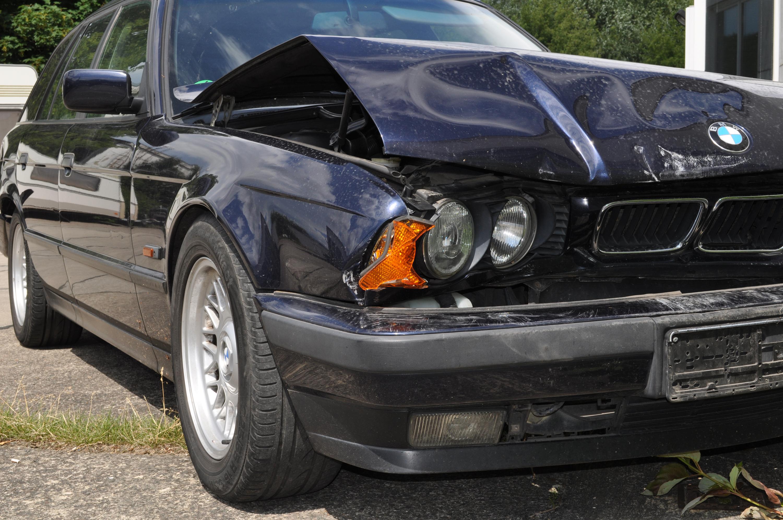 BMW E34 Schaden 2